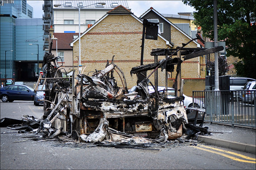 London Riots, burnt-out bus
