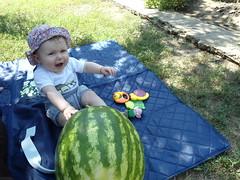 DSC02895 (luci.c) Tags: pink girl antonia bebe ioana aniversare dungi