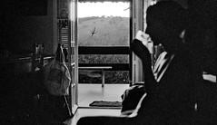 (leo.eloy) Tags: bw film digital 35mm photography kodak trix grain pb nikonf100 pelicula noise intimacy atibaia 2011 intimidade leoeloy ilanabar