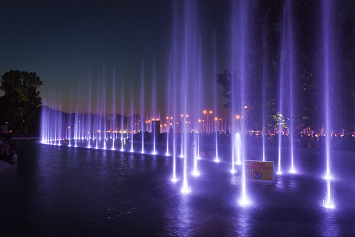 light fountain warsaw