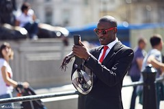 Agent 48? (Rick Nunn) Tags: street red portrait london scarf glasses photo dof phone photojournalism rick stranger sharp suit nunn canonef135mmf2l vsortpop