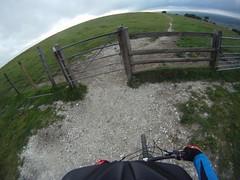 GOPR1592 (Handolio) Tags: bike offroad bridleway helmetcam southdownsway gopro trekfuelex8 fulkingescarpment