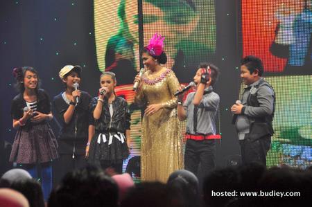 Adik-adik IK3 dan Dato' Siti (3)