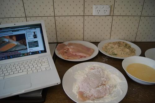 chicken schnitzel salad - cooking videos