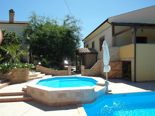 Fruttanoce Villas - Pool Area After