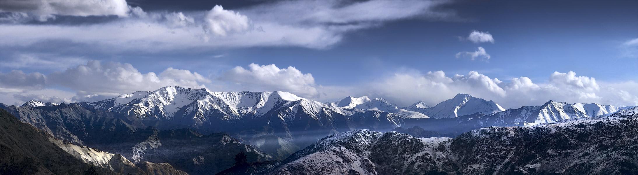 Вид с Так Тхог Гомпы. Ладакх, Индия. Панорамы Гималаев