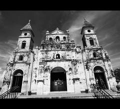 Barroco Nicaragüense (Jphoto08) Tags: white black blanco church america y negro central iglesia granada nicaragua centroamerica
