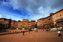 Siena Piazza del Campo (Guido Havelaar) Tags: tiltshift siena tuscany toscane italy italia italien toscana