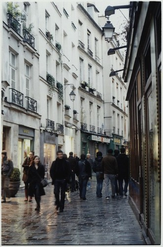 au coin de la rue ~ Paris #13 (random post)
