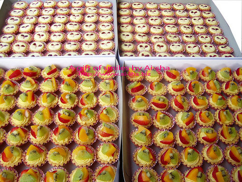 Cheese Tart & Mini Fruits Tarts