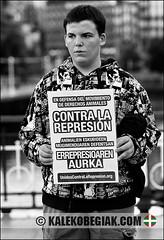 (Soniko | Kaleko Begiak) Tags: de la grande country bilbao bizkaia basque vasco semana contra euskadi vizcaya bilbo pais baskenland aste nagusia concentracion euskal herria represion activismo unidos 2011 animalismo aurka errepresioaren