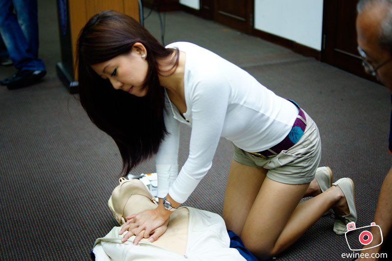 MAHSA-UNIVERSITY-COLLEGE-CPR-COURSE-careen