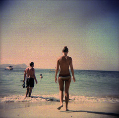 [everlong] ([noone]) Tags: españa 120 6x6 beach mar holga lomo xpro crossprocessed procesocruzado spain mare playa andalucia medium format foofighters medio spiaggia cabodegata spagna 2010 formato cfn everlong formado processoinverso