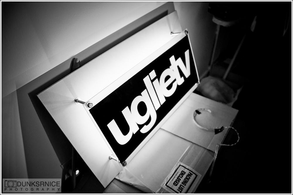 Uglietv B&W.