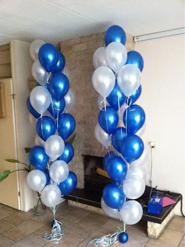 Tafeldecoratie Gronddecoratie 25 Ballonnen Blauw en Wit