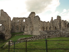 Castle Acre Priory (Clanger's England) Tags: uk england norfolk monastery geo eastanglia ebb ebi englishheritage cluniac 2011 castleacre eastofengland