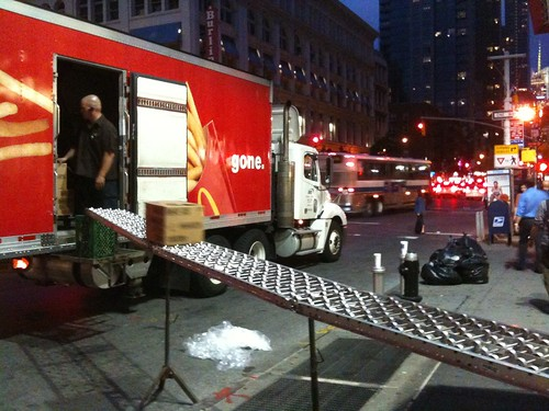 Delivery, 6th Avenue