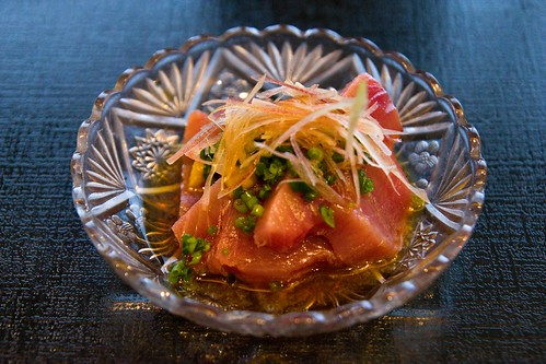 Tuna sashimi in light vinegar