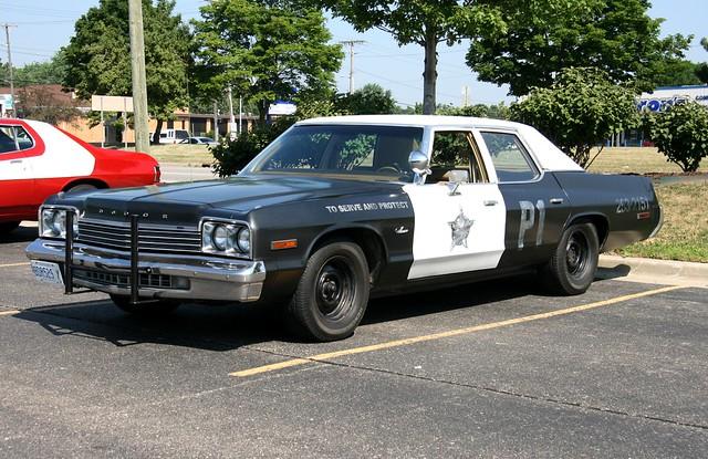 classiccar policecar mopar bluesbrothers copcar bluesmobile toserveandprotect dodgemonaco dodgesedan copmotor copshocks americansedan 440v8 dodgev8 1970sdodge mtprospectpolicecar chicagocopcar