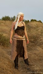 Daenerys: The Dothraki Sea (Roxanna Meta) Tags: costume cosplay daenerys khaleesi gameofthrones songoficeandfire targaryen daenerystargaryen