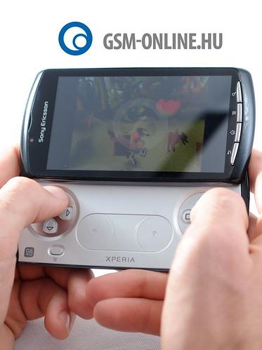 Sony Ericsson Xperia Play játék közben2