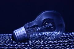 [フリー画像] 物・モノ, 家電機器, 電球, 201108221300