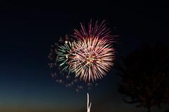 Bursting (Isapart) Tags: summer sky colors fireworks fourthofjuly independenceday