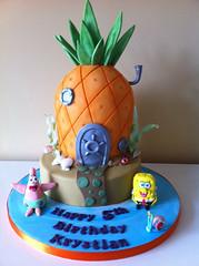 Spongebob cake (Cakes by Lea) Tags: cake patrick sugar novelty spongebob gumpaste spongebobcake pineapplecake garythesnail 2tier kidscakes noveltycake kidscake boyscake edibletopper spongebobpineapple krustykrabcake planktincake