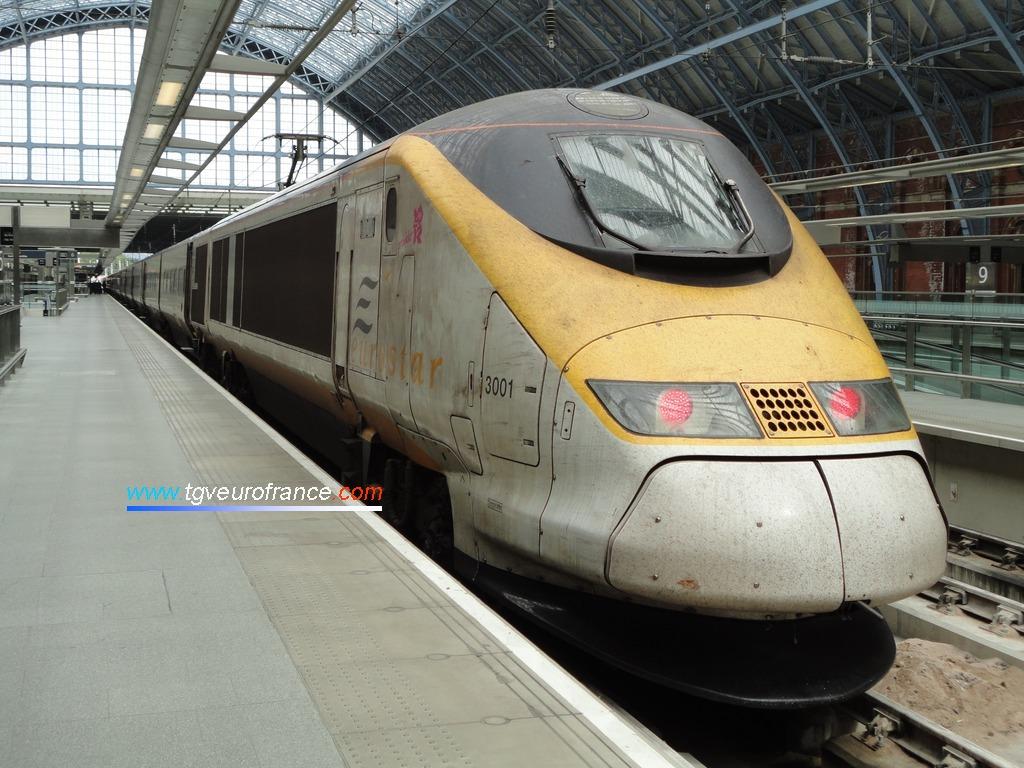 La rame Eurostar 3001 à quai après une circulation commerciale entre Bruxelles Midi et Londres Saint-Pancras via Lille Europe