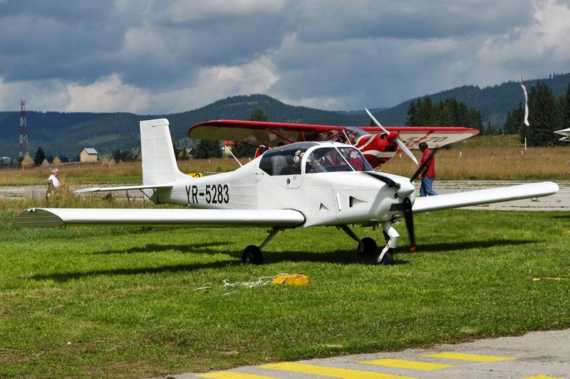 Suceava, Vatra Dornei - Aerodromul Floreni (LRFL) - Pagina 6 6070445368_0f13403e43_o