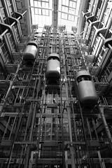 Ludwig Erhard Haus (F_a_l_k) Tags: spiegel db tokina sonycenter 1224mm ludwigerhardhaus kollhoftower kinemathek