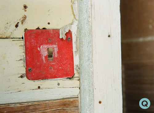 vintage-light-switch