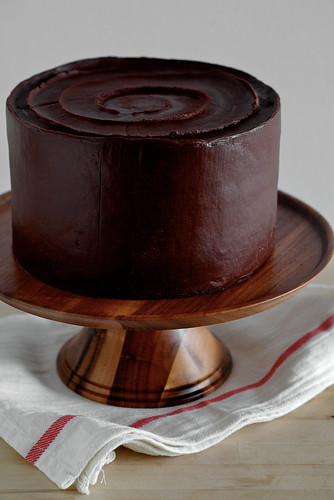 Until I Went Over To The Post Again And Saw That It Had 700 Comments A Yellow Cake With Chocolate Frosting Okay Sour Cream