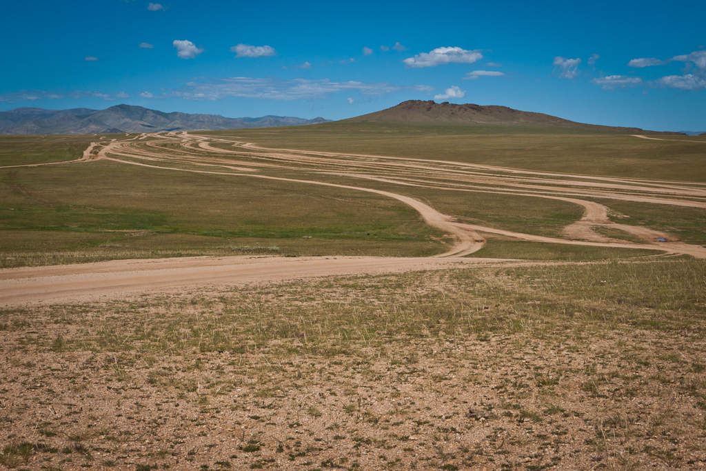 Roads_Mongolia_tracks_Rally