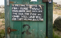 recycle (Lisa Ouellette) Tags: signs bolinas feed crabs recycle bait bolinaslagoon goodbehavior