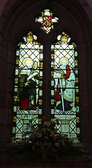 Droitwich, Worcestershire, St Peter de Witton (Tudor Barlow) Tags: england spring churches stainedglass worcestershire droitwich parishchurch kempe tamron1750 gradeilistedbuilding droitwichstpeters