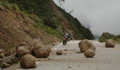 Ecuador (motoperu) Tags: road rain ruta lluvia ecuador carretera corte chuva blocked route estrada kawasaki rodovia catacocha derrumbe macara bloqueada cortada versys desmoronamento