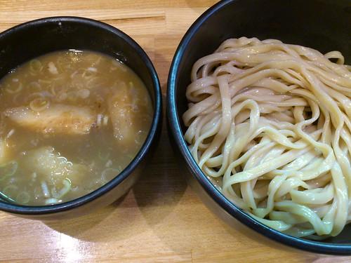 ra110901づゅる麺 豚あじ 恵比寿神社前 つけ麺 並盛