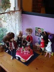 Escenarios - Piso de Kira, saln (Lunalila1) Tags: teatro james lila yuki kira cumpleaos kuro diorama saln escenarios atrezzo decorados escenografia mmo