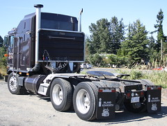 Kingsley Trucking KT-10 (West Coast Motorhead) Tags: truck nanaimo semi rig kenworth cabover
