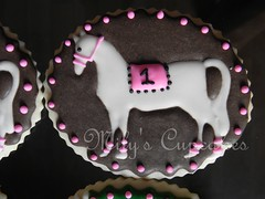 Cookies personalizadas para Haras de caballos de  Carreras y Salto (Mily'sCupcakes) Tags: argentina cookies de caballos souvenirs cupcakes y buenos aires salto racehorse carreras haras milys personalizadas