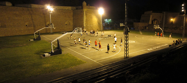 night_basketball_panorama