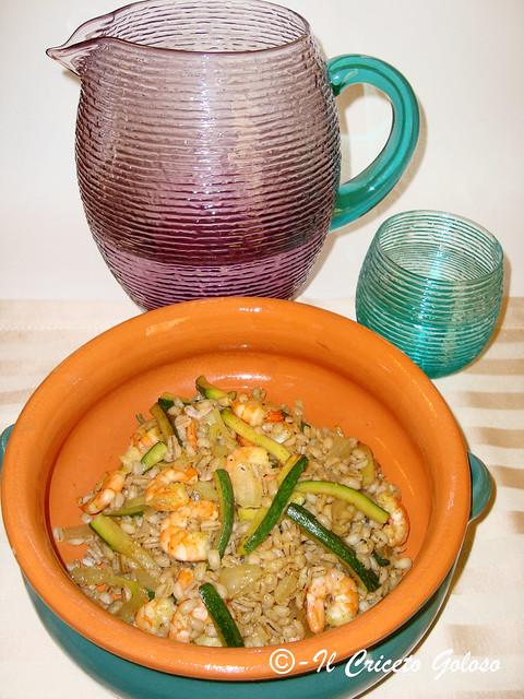 Orzo con zucchine e gamberi al curry