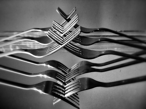77/365- Cutlery by elineart