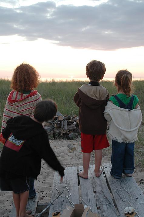 MI-kids-sunset-backs