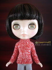 Blythe doll with her new Hegemony77 frog eye chips