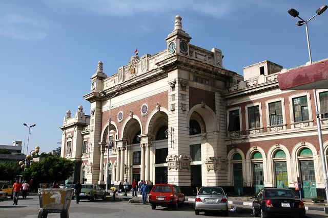 エジプト、アレキサンドリア鉄道駅
