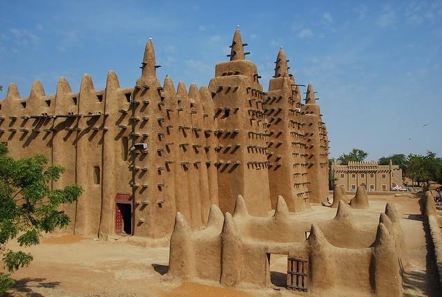 MALI : la grande mosquée de Djenné