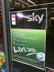 Sky: Autogrammstunde mit Giovanni Federico und Björn Kopplin
