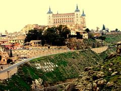 Vista de Toledo (Foticografia) Tags: espaa ciudad medieval toledo alcazar vista